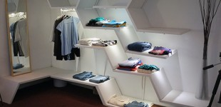 The Intelligent Walk-in closet as ambient intelligence: applying interpersonal relation models to human-computer interaction